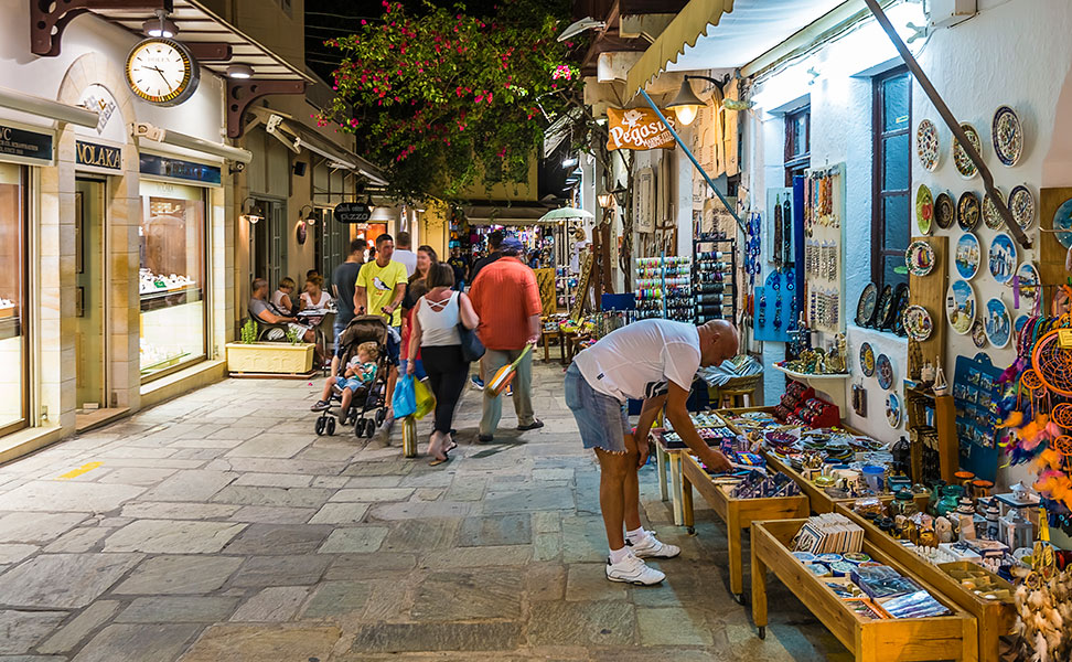 Old town of kos by night